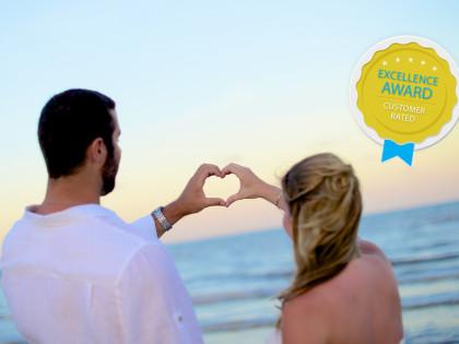 Carrie & Nicks Beach Wedding Photography Portfolio