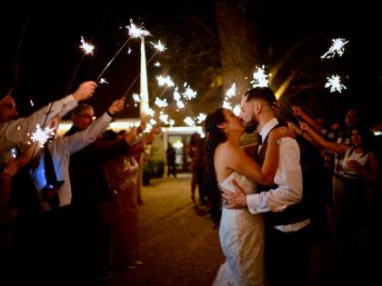 Grizelda & Tom's Wedding Photography Portfolio – The Orchard at Caney Creek – Wharton, TX