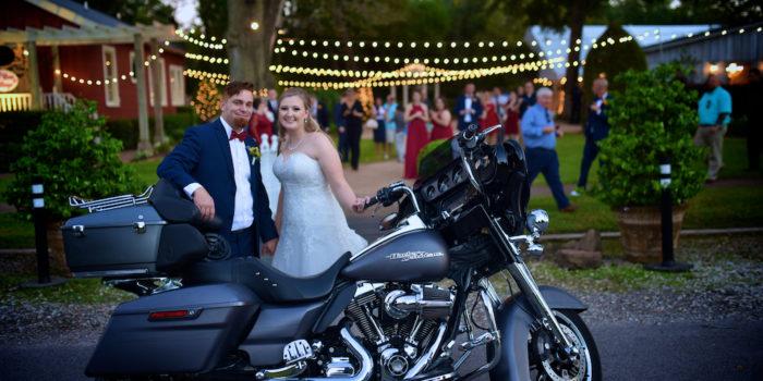 Amy & Glenn's Wedding Photography Portfolio – Butler's Courtyard – League City, TX
