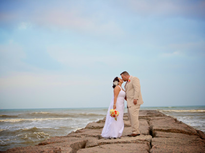 Galveston Beach Wedding – Megan & Jeff's Wedding Photography Portfolio