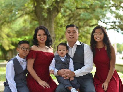 The Nguyen's Family PhotographyPortfolio – Hermann Park – Houston, TX