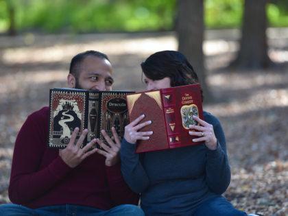 The Crystal & Devin's Engagement PhotographyPortfolio – Brackenridge Park – San Antonio, TX